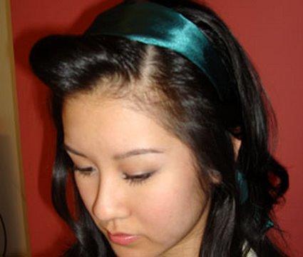 Dalgalı Saçta Saç Bandıyla Mükemmel Görünümü Yakalayın