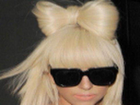 Lady Gaga Saç Modeli (Kurdele Saçı) (Poker Face Klibi)
